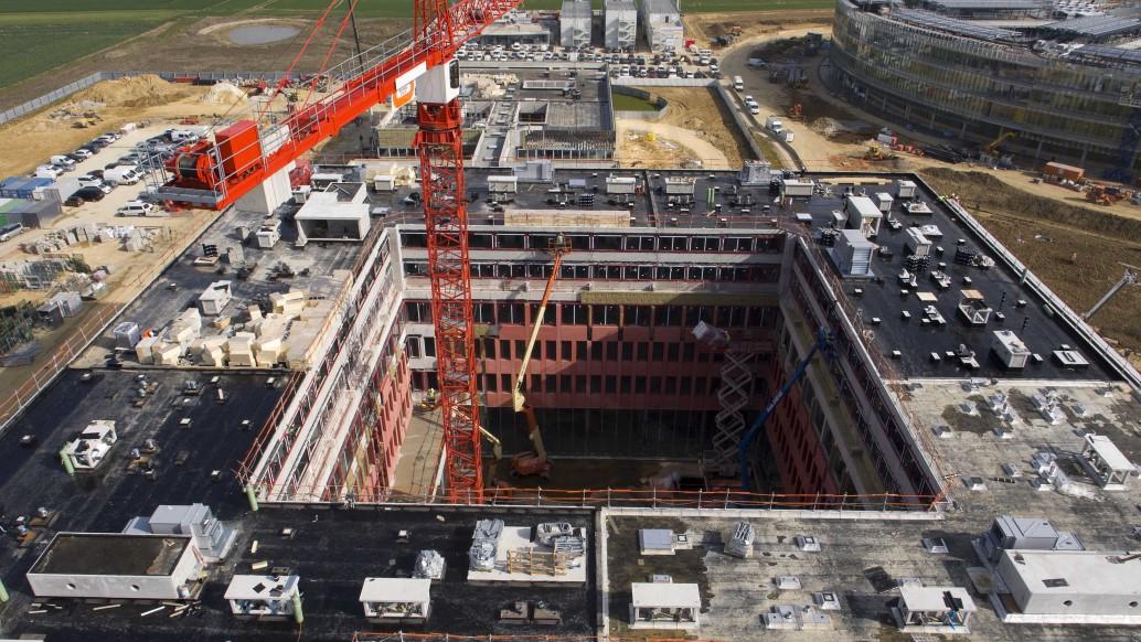 Ufly drones chantier centre de r d edf saclay btp for Application de suivi de chantier