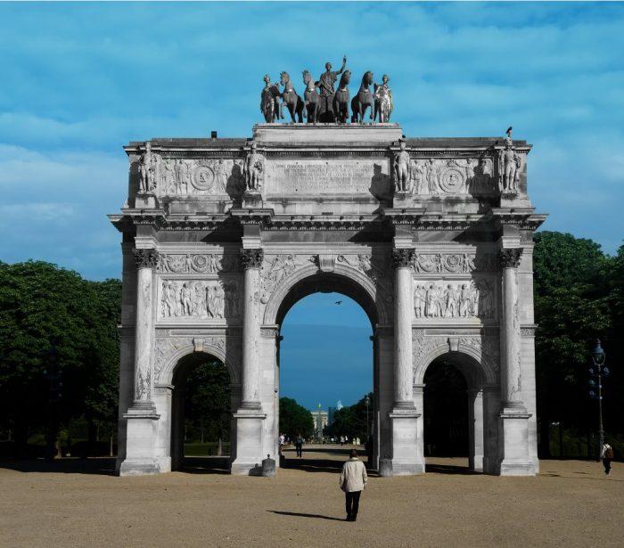 UFLY Drones - Arc de triomphe du carrousel du Louvre